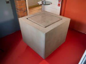 Waschbecken freistehend in Betonoptik